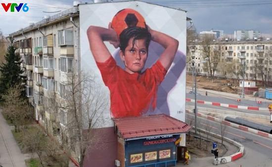 Nga khuấy động World Cup bằng tranh graffiti