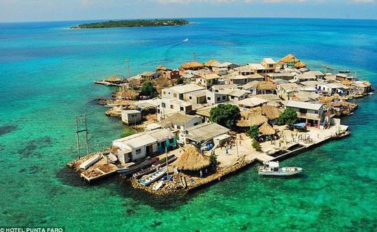 """Khám phá hòn đảo """"chật chội"""" nhất thế giới"""