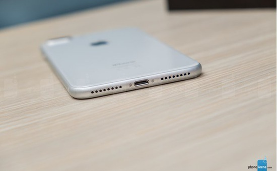 Từ iPhone 2019, Apple loại cổng Lightning để thay thế bằng USB Type-C ?