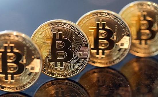 Bitcoin giảm 70% giá trị