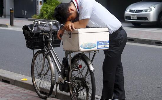 Cảnh báo tình trạng tử vong do làm việc quá sức ở Nhật Bản