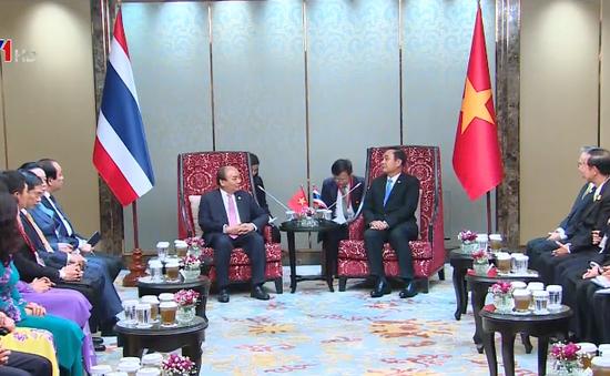 Việt Nam, Thái Lan nhất trí thúc đẩy phát triển các tuyến đường thuộc hành lang kinh tế Đông - Tây