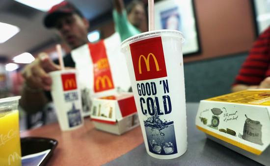McDonald's bỏ sử dụng ống hút nhựa để bảo vệ môi trường