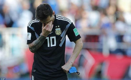 Bất lực trước Iceland, Messi buồn như thể mất cúp vô địch FIFA World Cup™ 2018