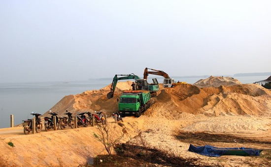 Tây Ninh: Siết chặt quản lý khai thác cát ở hồ Dầu Tiếng