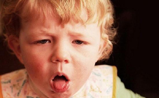 Nguyên nhân và cách xử trí ho kéo dài ở trẻ