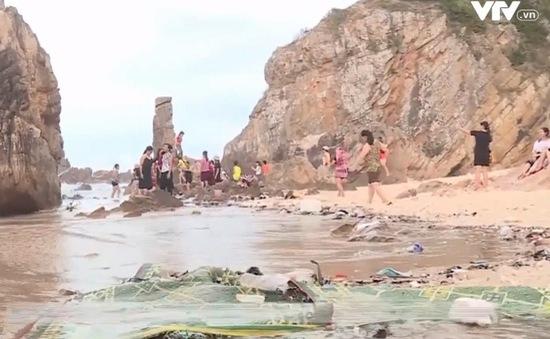 """Cần nhanh chóng xử lý """"sạn"""" du lịch Việt Nam"""