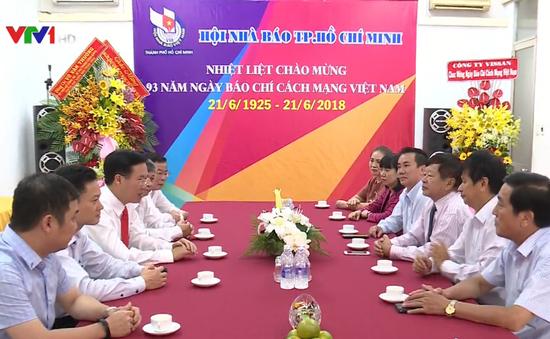 Đồng chí Võ Văn Thưởng thăm, chúc mừng Hội Nhà báo TP.HCM