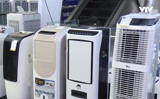 Nắng nóng, nhu cầu mua sắm các thiết bị làm mát tăng cao