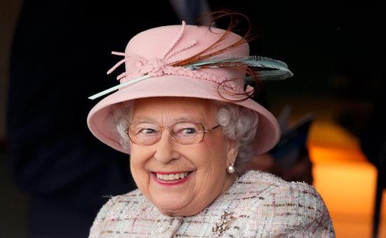 Nữ hoàng Elizabeth trị vì nước Anh lâu nhất lịch sử