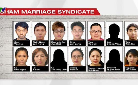 Phá đường dây kết hôn giả cho phụ nữ Việt Nam ở Singapore