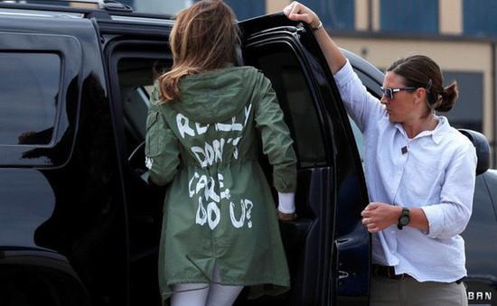 Chiếc áo gây tranh cãi của bà Melania Trump