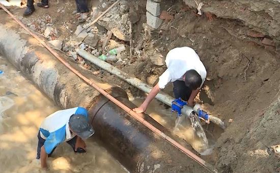 Nha Trang: Xuất hiện hố sâu trên vỉa hè