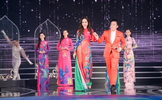 """Lam Trường mang """"Gót hồng"""" trở lại Hoa hậu Việt Nam sau 20 năm"""