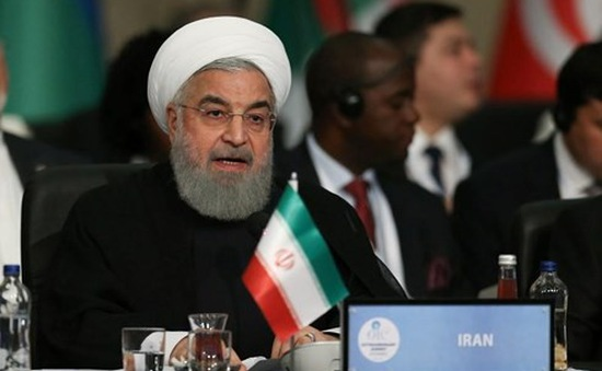 Tổng thống Rouhani: Iran sẽ không đầu hàng trước áp lực từ Mỹ