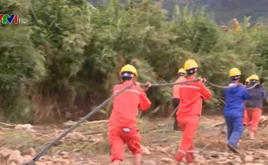 Ngành điện Lai Châu khắc phục thiệt hại sau mưa lũ