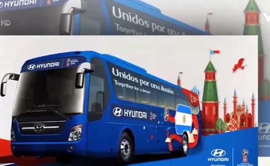 Slogan trên những chuyến xe bus tại World Cup 2018