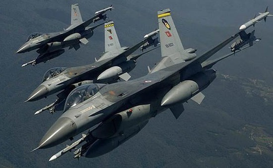 Thổ Nhĩ Kỳ tiếp tục không kích Iraq, tiêu diệt 4 tay súng người Kurd