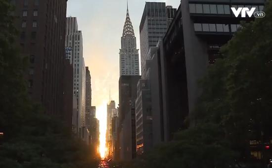 Chiêm ngưỡng hiện tượng hoàng hôn Manhattanhenge ở New York