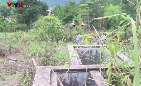 Người dân vùng cao tỉnh Thừa Thiên Huế sử dụng nước suối cho sinh hoạt