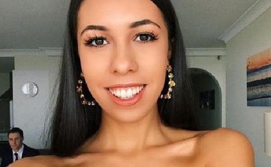 Nữ sinh viên sở hữu thương hiệu bikini trị giá hàng triệu USD