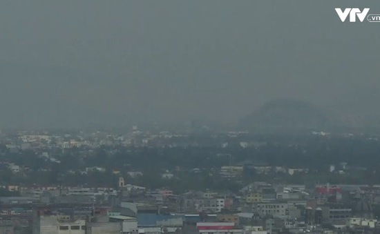 Mexico báo động ô nhiễm không khí cấp 1