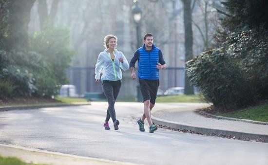 Đi bộ càng nhanh, tuổi thọ càng cao