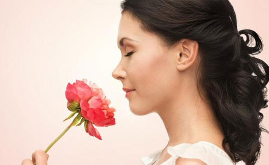 Ngửi mùi kém dự báo nguy cơ mất trí nhớ