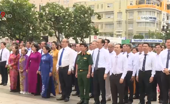 TP.HCM: Long trọng tổ chức Lễ dâng hoa Chủ tịch Hồ Chí Minh
