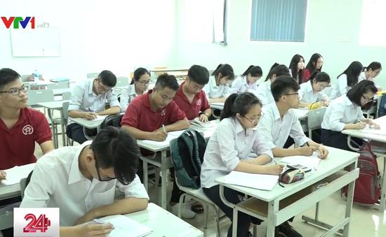 Vì sao tuyển sinh vào lớp 10 ở Hà Nội lộn xộn?
