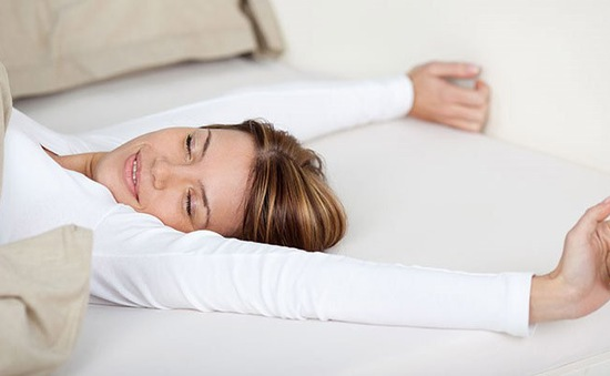 Lợi ích của việc ngủ không dùng gối