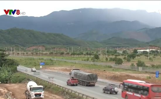 Ì ạch giải phóng mặt bằng dự án đường cao tốc La Sơn - Túy Loan