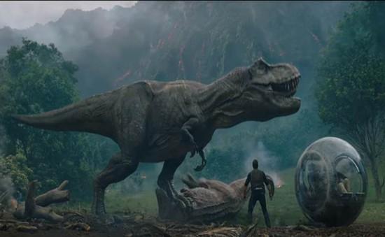 """""""Jurassic World: Fallen Kingdom"""" tiếp tục dẫn đầu phòng vé"""