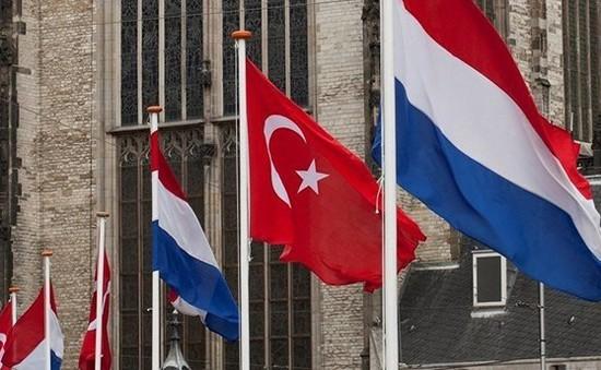 Thổ Nhĩ Kỳ và Hà Lan bình thường hóa quan hệ