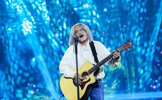Gương mặt thân quen: Quang Linh khen Hùng Thuận có tiết mục quá hoàn hảo