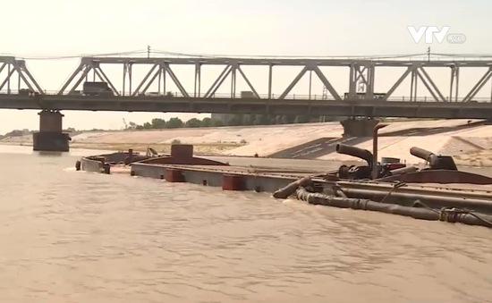 Cần đảm bảo an toàn giao thông tại các cầu vượt sông
