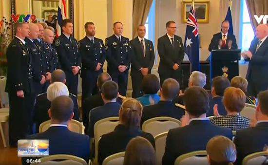 Australia vinh danh 9 cá nhân tham gia giải cứu đội bóng nhí Thái Lan