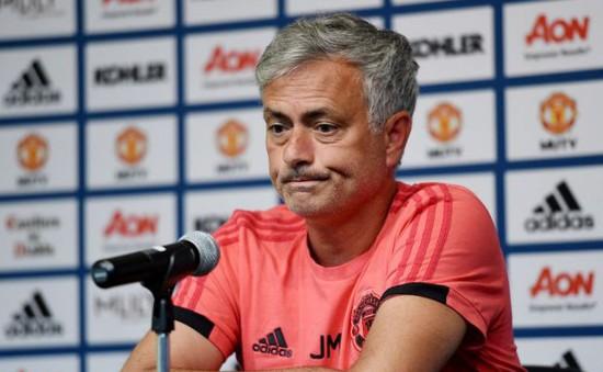 """Mourinho """"điên tiết"""" vì hành động vô kỷ luật của Martial"""