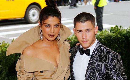 Priyanka Chopra và Nick Jonas đã đính hôn?