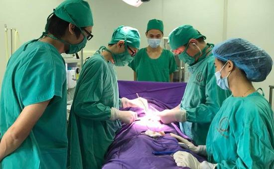 Phẫu thuật tinh hoàn ẩn, tinh hoàn lạc chỗ cho trẻ