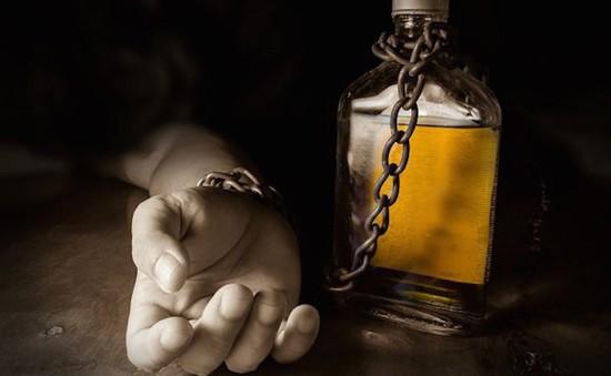 Tại sao bỏ uống rượu có thể gây nguy hiểm chết người