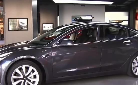 Tesla đạt mục tiêu sản xuất mẫu ô tô Model 3
