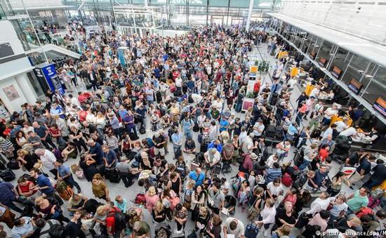 Đức hủy hơn 200 chuyến bay do có người lạ xâm nhập