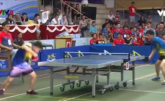 Sự lợi hại của vợt dọc tại Giải bóng bàn truyền thống tranh cúp VTV8