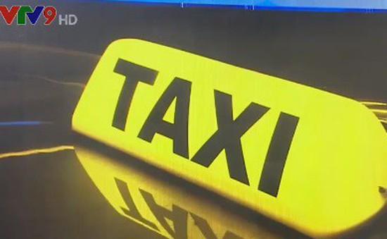Sở Du lịch TP.HCM đề nghị chấn chỉnh nạn taxi dù