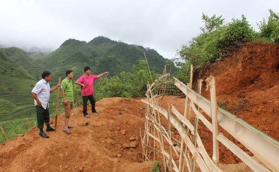 Sập hầm khai thác vàng, 2 người may mắn được cứu sống