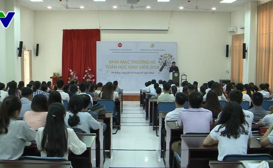 """Khai giảng """"Trường hè toán học sinh viên năm 2018"""" tại Đà Nẵng"""