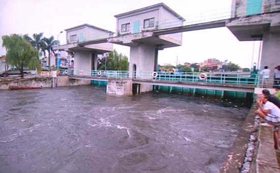 Hà Nội rút báo động lũ trên sông Nhuệ