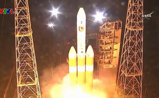 NASA phóng tàu vũ trụ đầu tiên thăm dò Mặt Trời