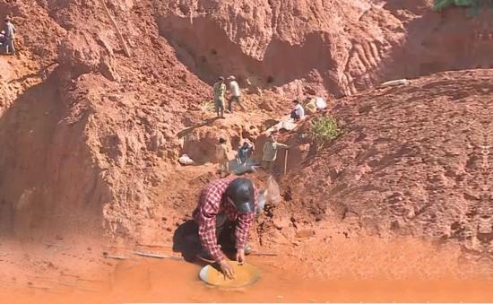 Lỗ hổng trong khai thác vàng gốc tại vùng cao Thừa Thiên Huế